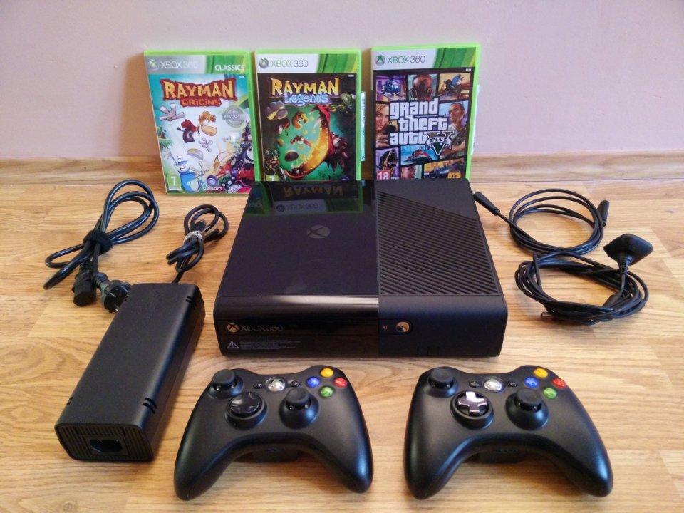Eladó Xbox 360 E 250GB dobozában tartozékaival - HardverApró