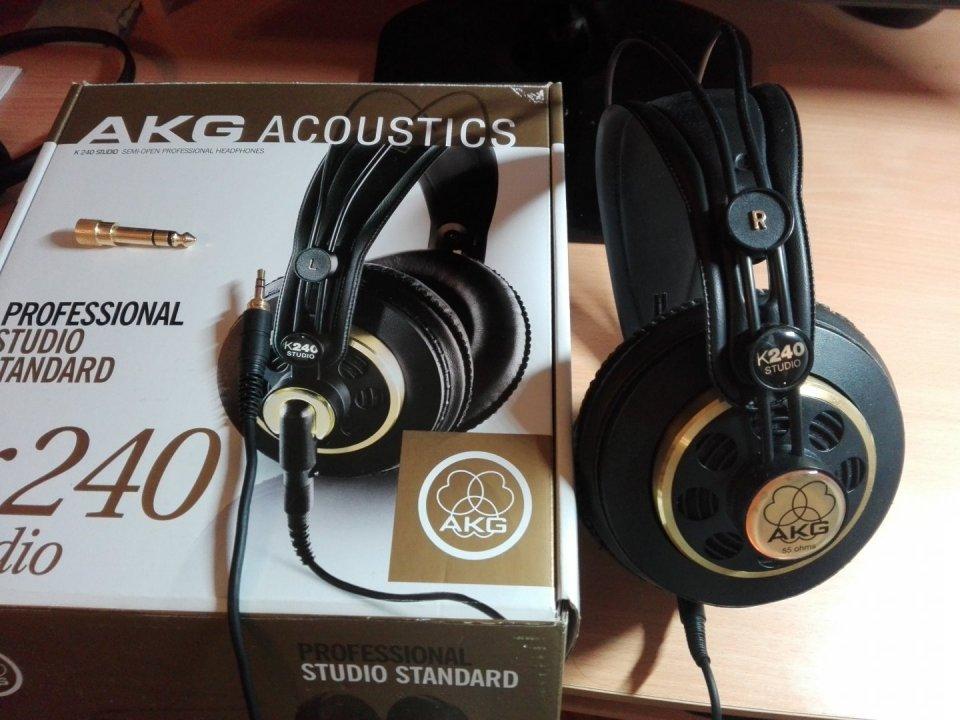 AKG K240 Studio fejhallgató eladó - HardverApró 8cfc8d03bc