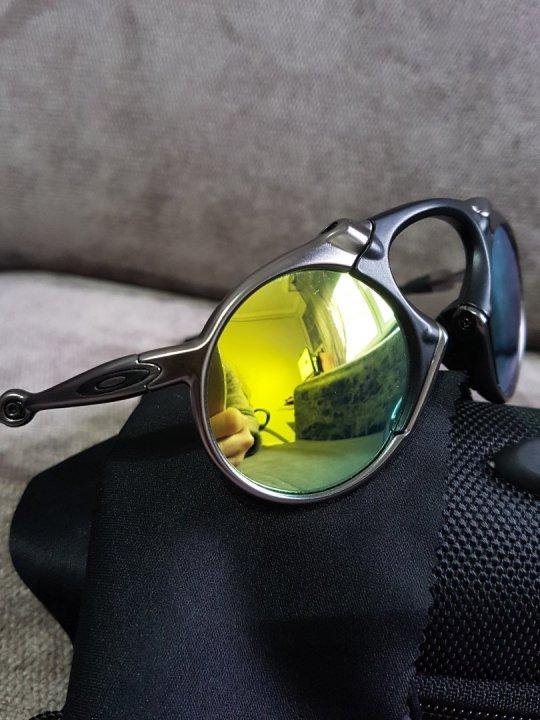Új Oakley napszemüveg eladó