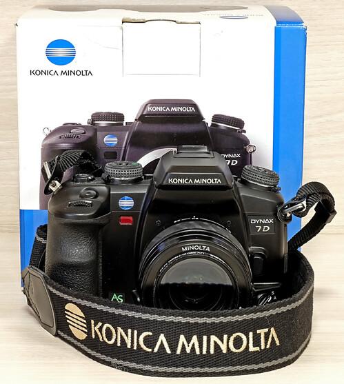 8d8dd6f0ac84 Eladó hibátlan állapotú Konica Minolta Dynax 7D + 35-80mm objektív ...