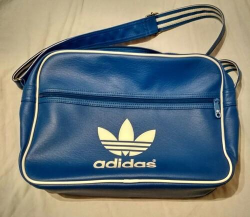 Adidas Originals válltáska oldaltáska - HardverApró 31f724ea30