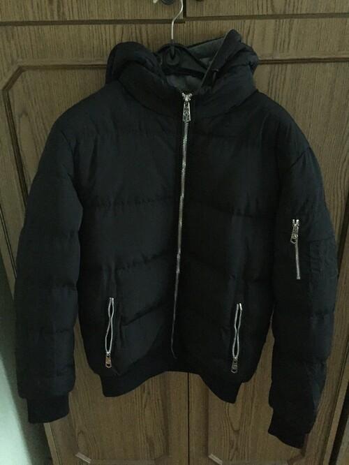 Eladó új L-es méretű fekete bélelt férfi téli kapucnis bomber ... 240777cb78