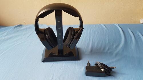 Razer Chimaera 5.1 Wireless Gamer Fejhallgató - HardverApró 124ebe83b6