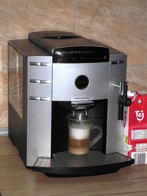 Jura F90 profi automata kávéfőző cappuccino fejjel HardverApró