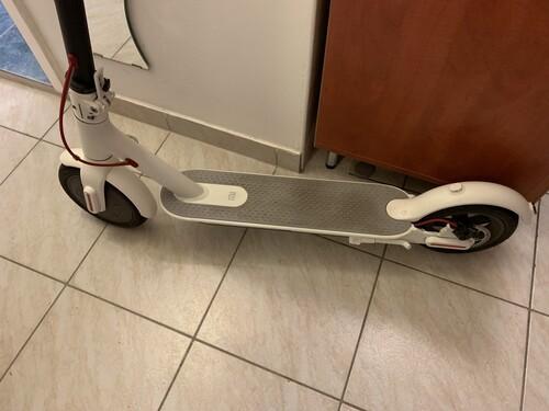 xiaomi mijia m365 elektromos roller feh r hardverapr. Black Bedroom Furniture Sets. Home Design Ideas
