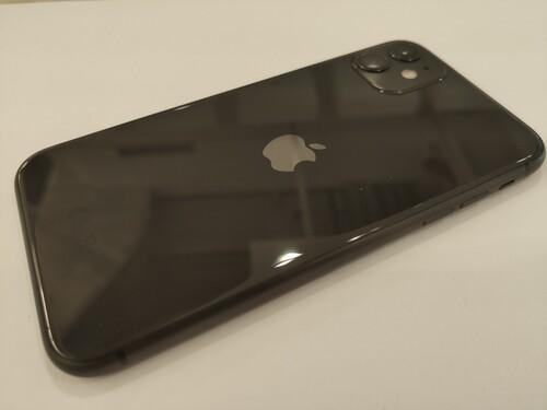 Újszerű Apple iPhone 11 64GB Fekete, kártyafüggetlen, 2021 ...