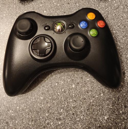 Fekete Xbox 360 kontroller eladó - HardverApró