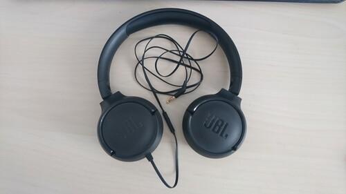 Eredeti JBL T500 vezetékes fejhallgató és headset jó